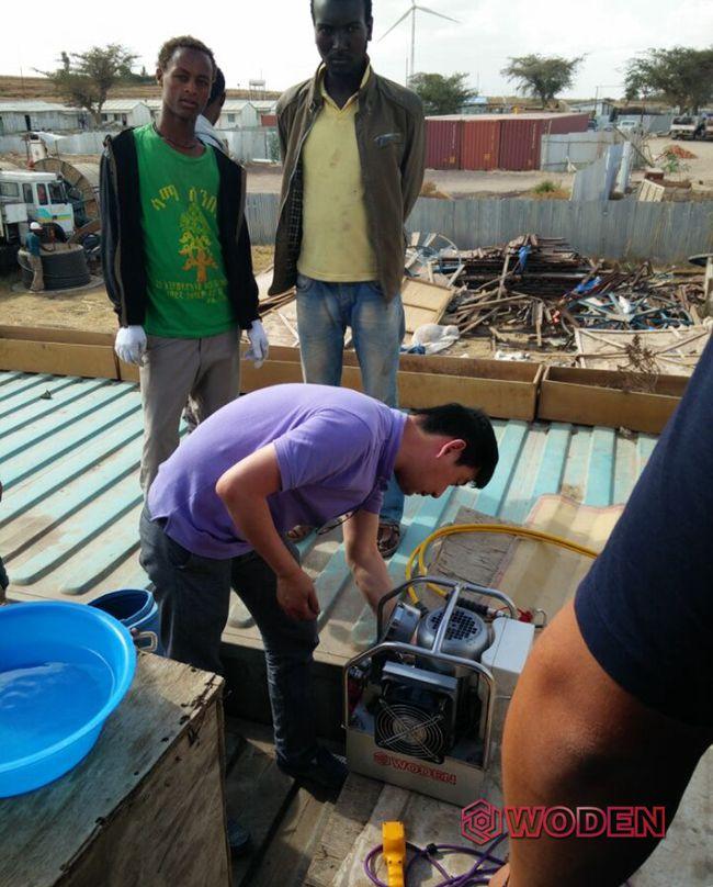 液压扳手租赁多少钱?沃顿技术人员服务于非洲某风电场