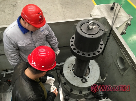 雷电竞网页技术员为芜湖某自动化装备进行LOL雷电竞雷电竞备用网站选型指导