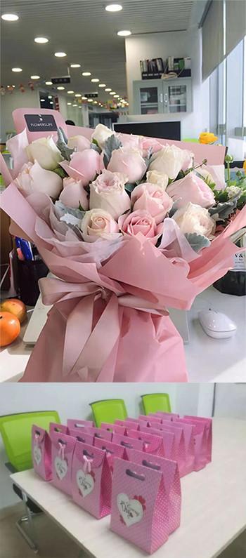 沃顿机械带给女职工的鲜花和节日的礼品。