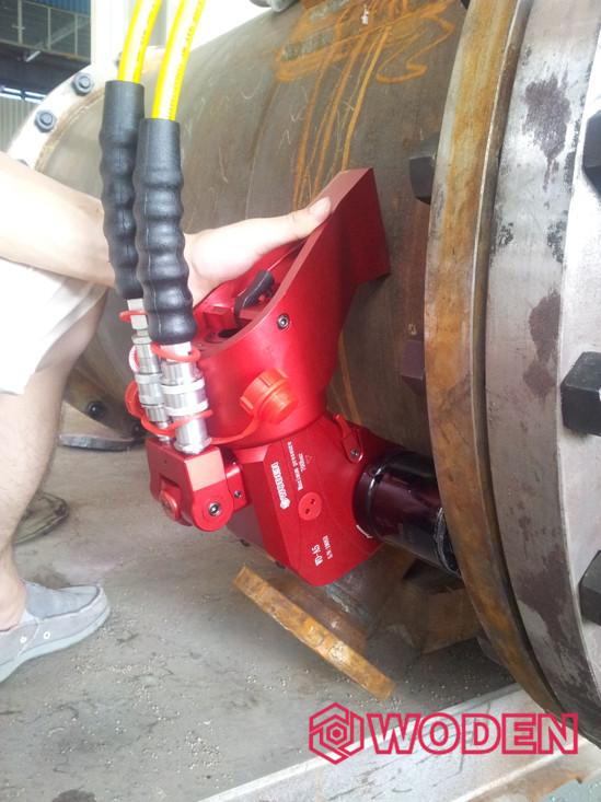 液压扳手在使用过程中,一定要按照步骤进行操作。