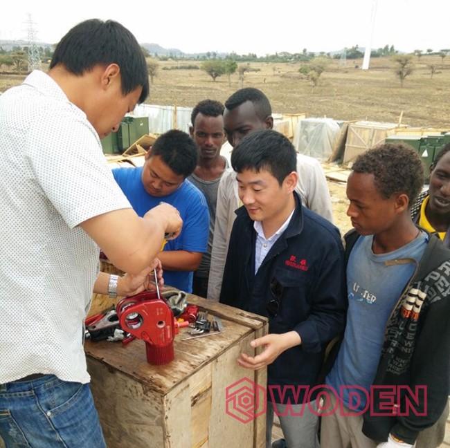 雷电竞网页技术人员在非洲埃塞尔比亚进行售后服务